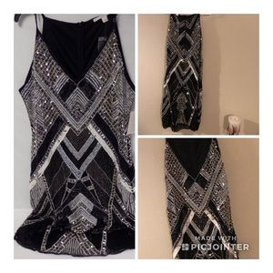 Super cute sequins dress!